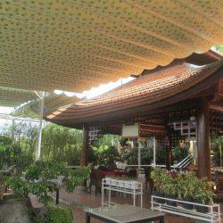 Mái bạt xếp mái kéo di động Hòa Phát